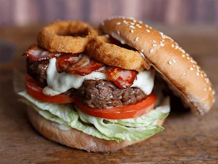 Imagine cu Classic BBQ Burger de la Pokka