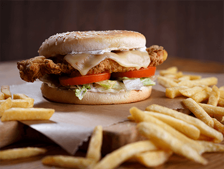 Imagine cu Crispy Chicken Burger