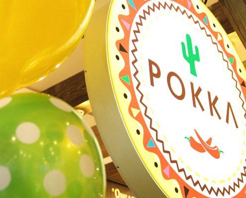 Imagine logo Pokka si baloane de la lansarea standului la Iulius Mall Cluj.