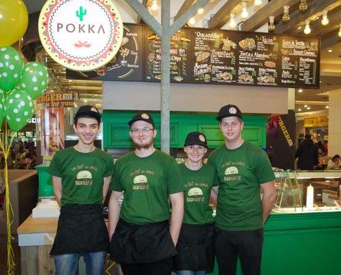 Imagine cu echipa Pokka de la Iulius Mall Cluj.