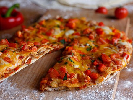 Imagine cu Fajitas Tortilla Pizza