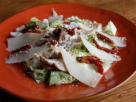 Imagine cu Salata Caesar de la Pokka