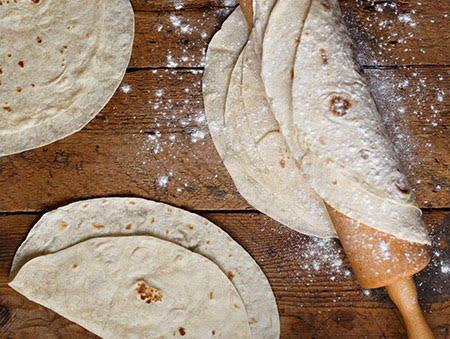 Imagine cu Tortillas homemade de la Pokka