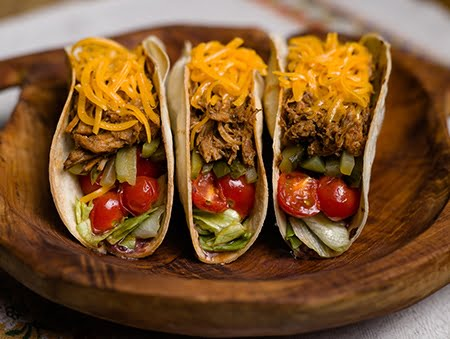 Imagine cu pulled pork tacos